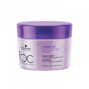 Masque cheveux rebelles Keratin Smooth Perfect 200ml